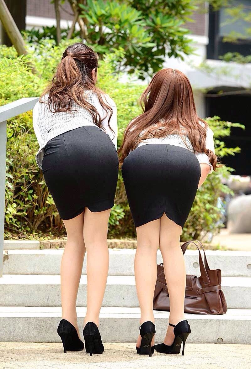 Japanese Sexy Babes Masturbate