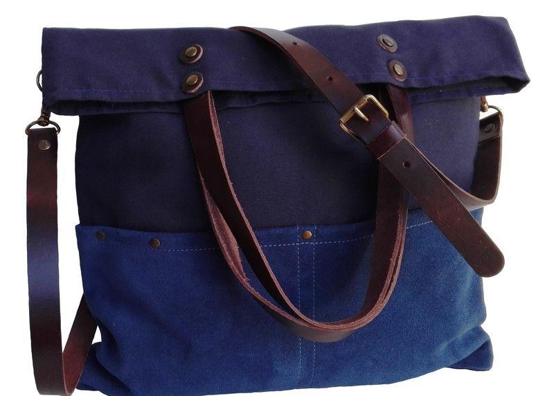 3273011ac Bolsos de lona - Bolso de lona color azul/Mensajero/Correas cuero. - hecho  a mano por 13sferas en DaWanda