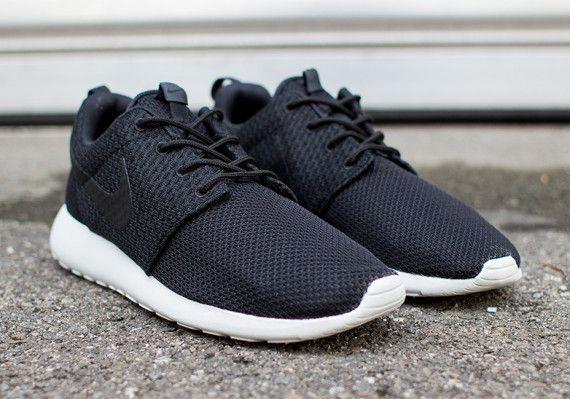 Nike Roshe Exécuter 3m Chaussures Pour Hommes Tiges Noir Gris Chauds