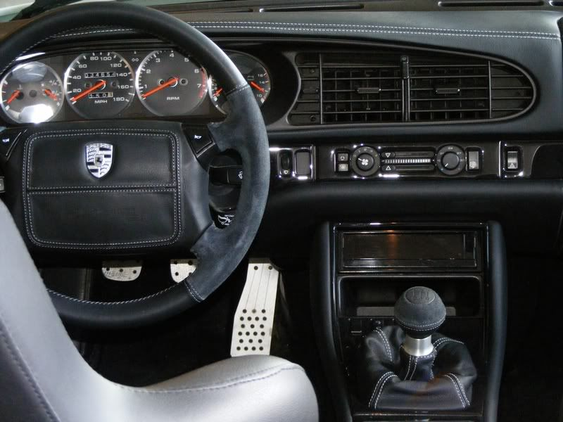 Porsche 944 custom interior click the image to open for Porsche 944 interieur