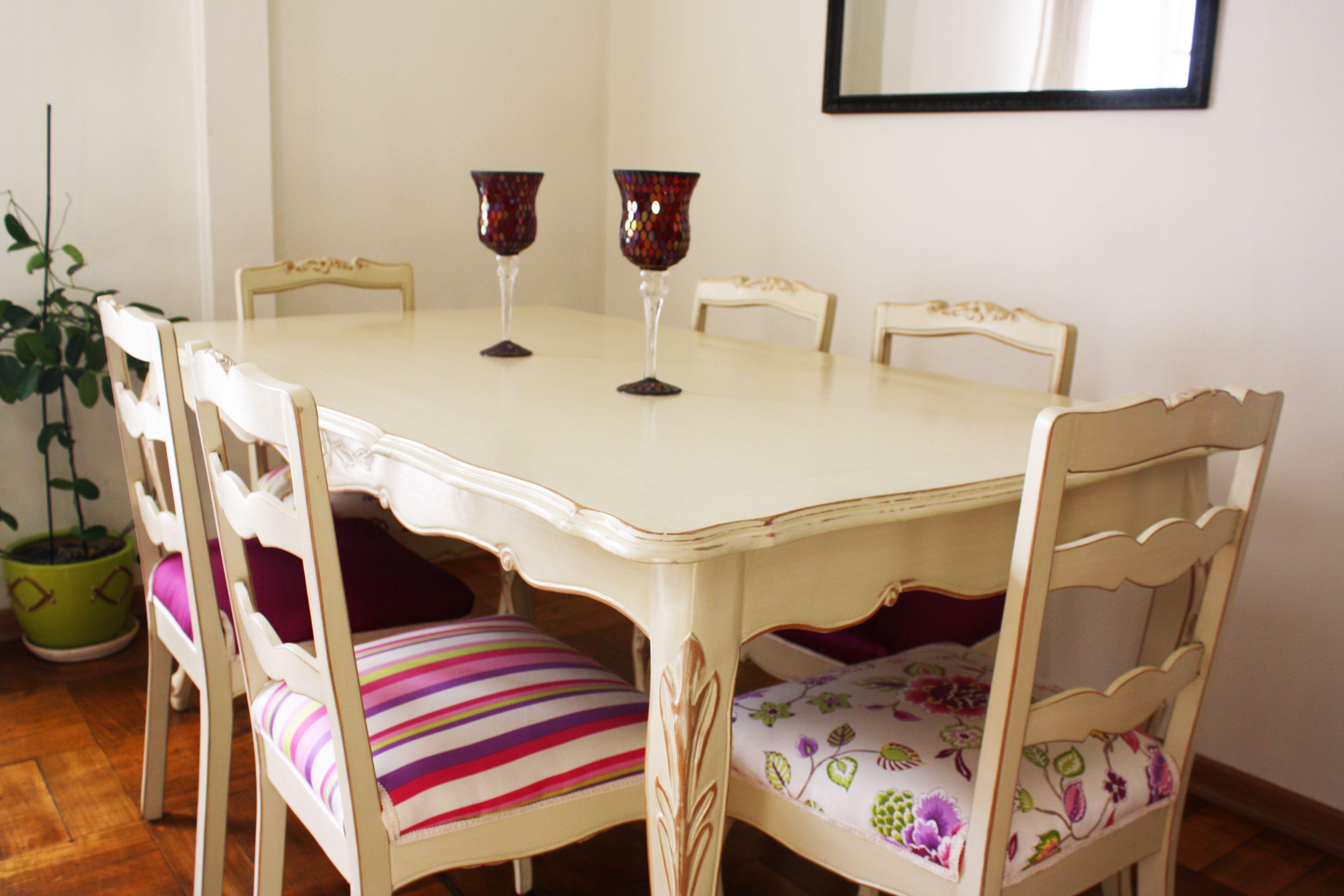 Comedor normando restaurado con tapices mixtos para for Tapiz para sillas de comedor