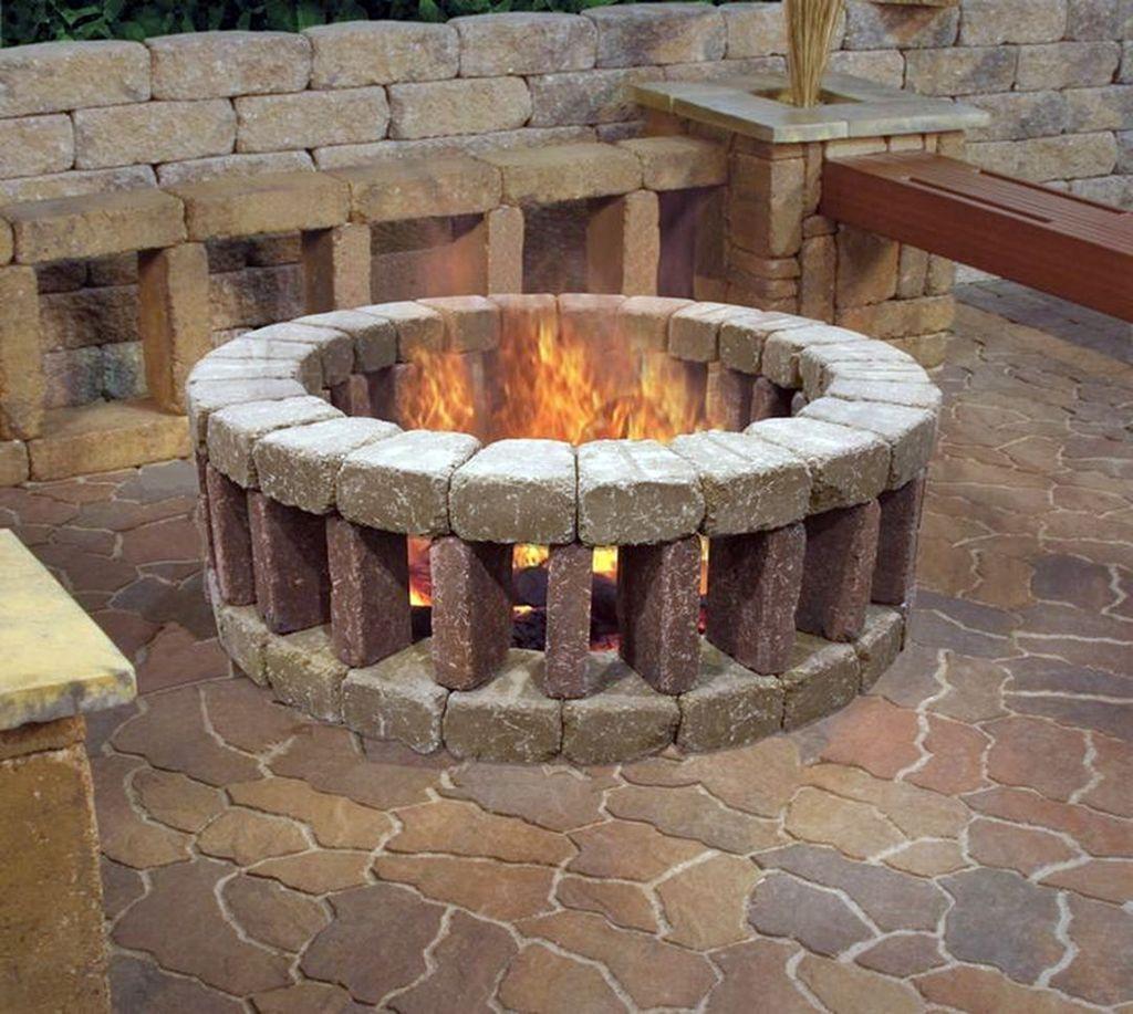 33 Stunning Backyard Fire Pit Ideas To Brighten Your Backyard In 2020 Fire Pit Designs Outdoor Fire Pit Backyard Fire