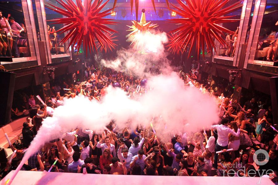 The crowd at the A-Trak show at LIV, inside the Fontainebleau Miami Beach.  #BleauLive #Fontainebleau