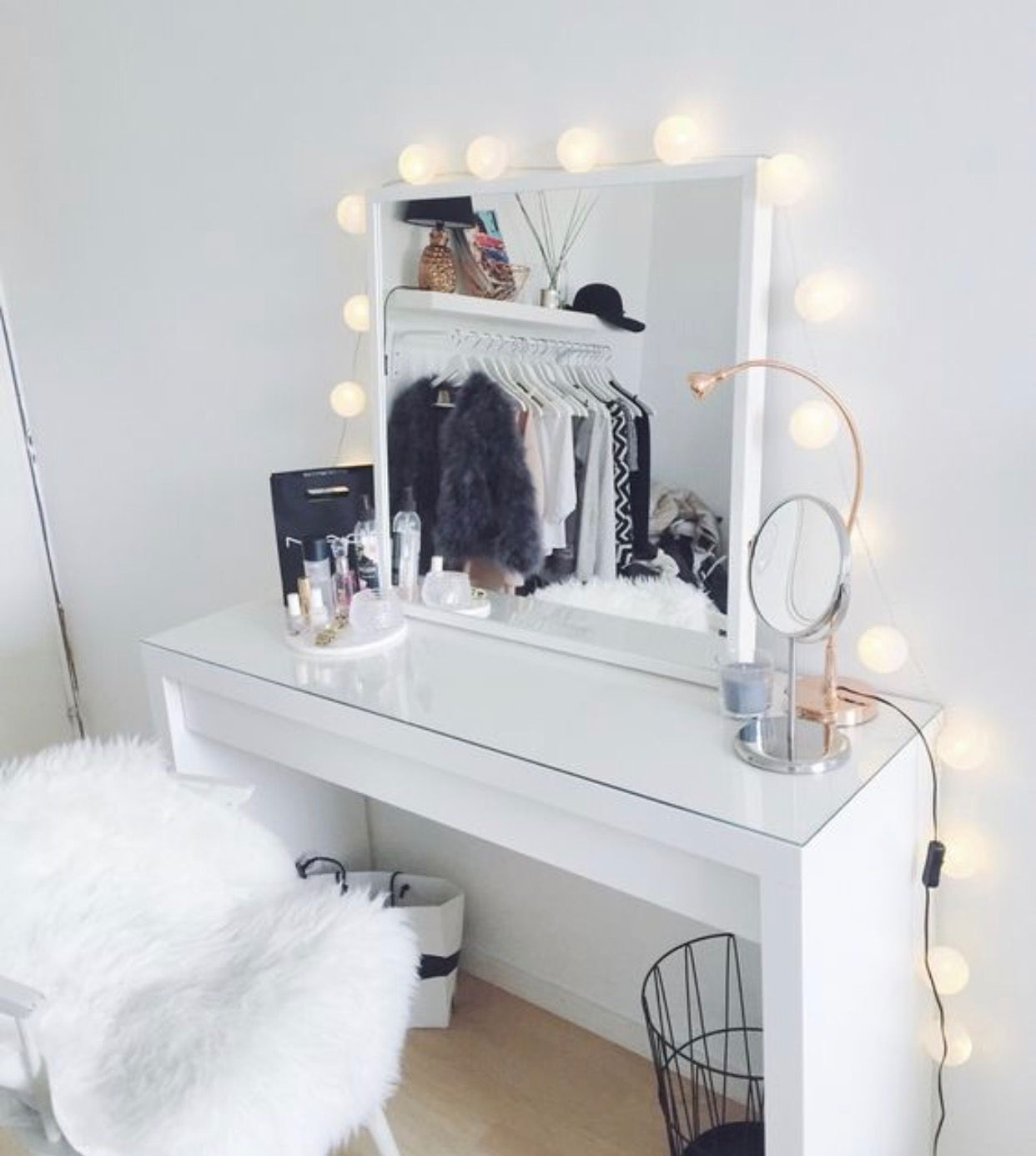 Aesthetic Makeup Desk in 2020 Room inspiration, Room