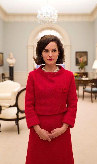 First Look Natalie Portman As Jacqueline Kennedy In Jackie Natalie Portman Jackie Kennedy Costume Design