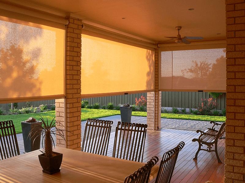 Porch Blinds For Wind And Rain Cafe Blinds Outdoor Blinds Blinds Design