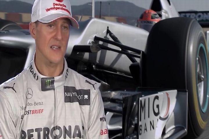 El estado de Michael Schumacher tras sufrir su terrible accidente de esquí es actualmente una incógnita. ¿Cómo va la recuperación de el 'Kaiser'?. Según detallan algunos diarios el piloto pesa menos de 45 kilos y evoluciona de forma muy lenta.