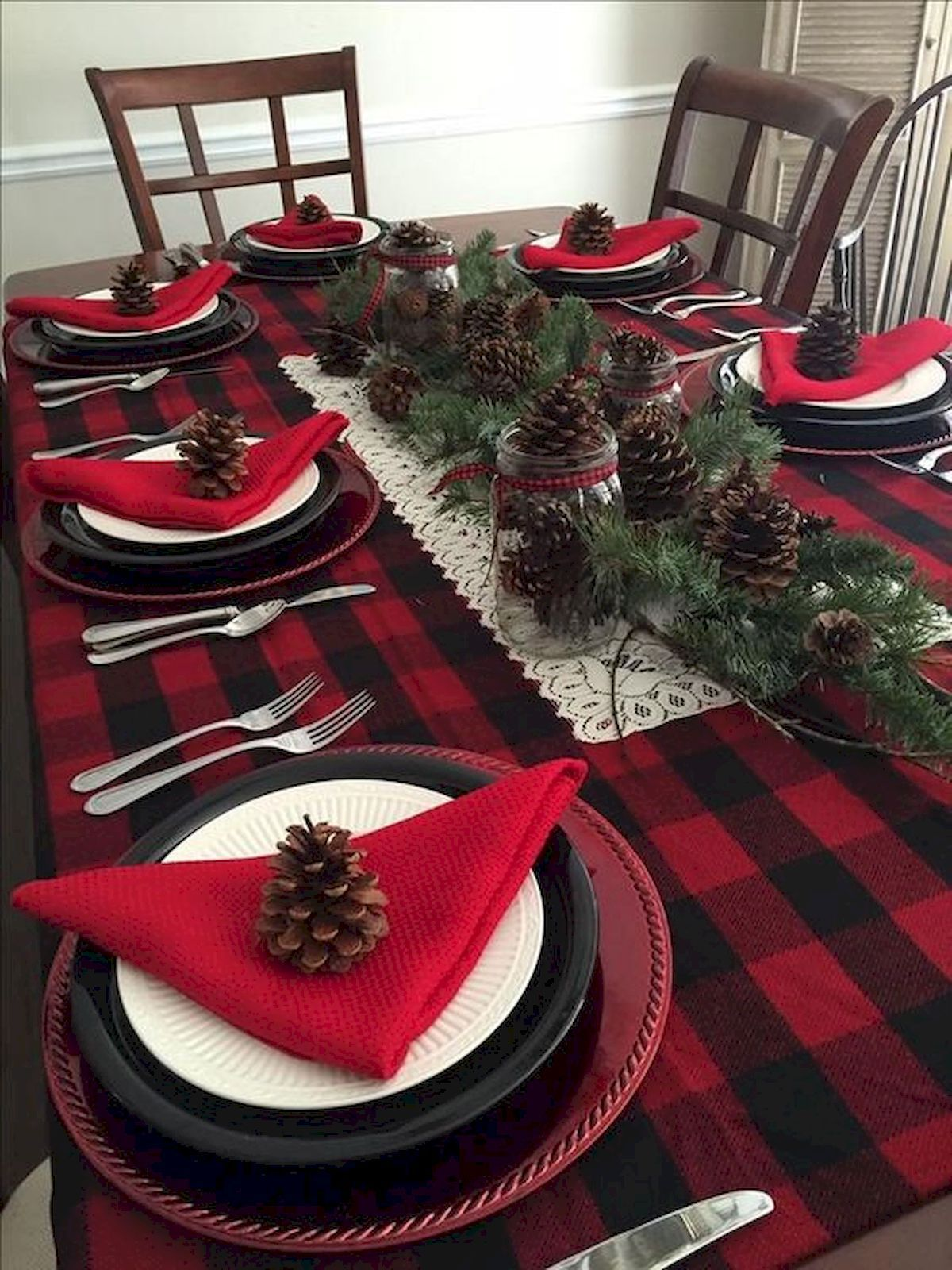 Nice 50 Stunning Christmas Table Dining Rooms Decor Ideas Httpscoachdecorcom