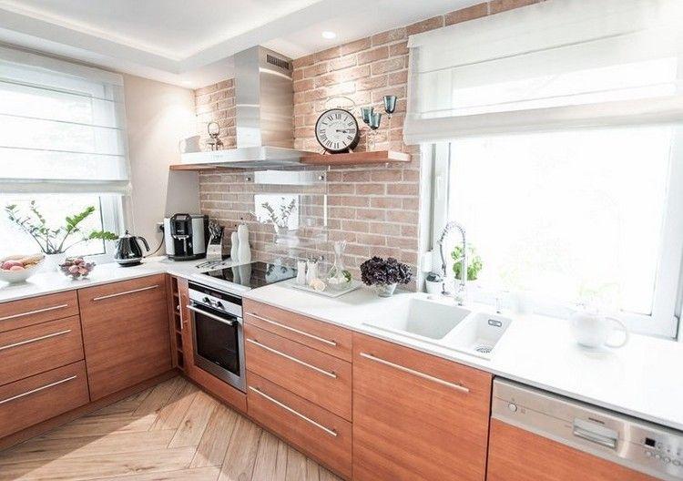 weiße corian Arbeitsplatte, Holzfronten und Rüclwand in - arbeitsplatten für die küche