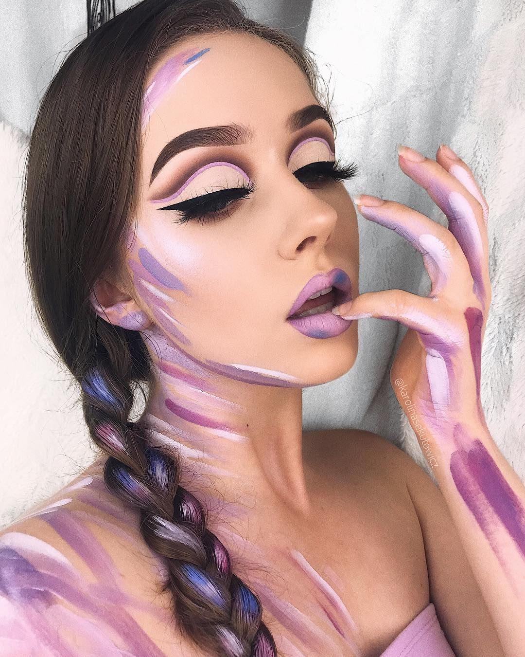 God Is A Woman Inspired By Ash Kholm Arianagrande Eyes