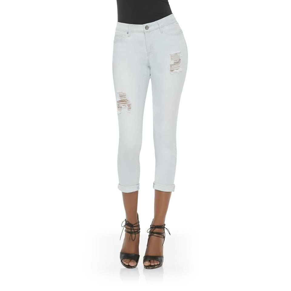 Perfect jeans for spring! Wear them cuffed for a cute and casual look!