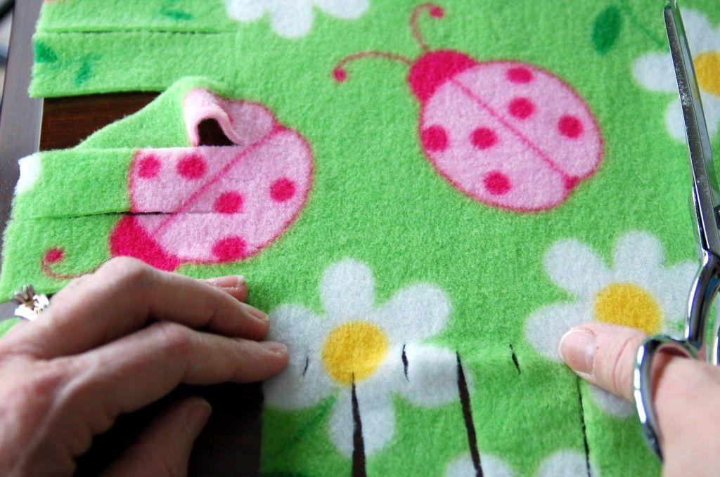 Fringed Fleece Blankets Crafts No Sew Blankets No Sew