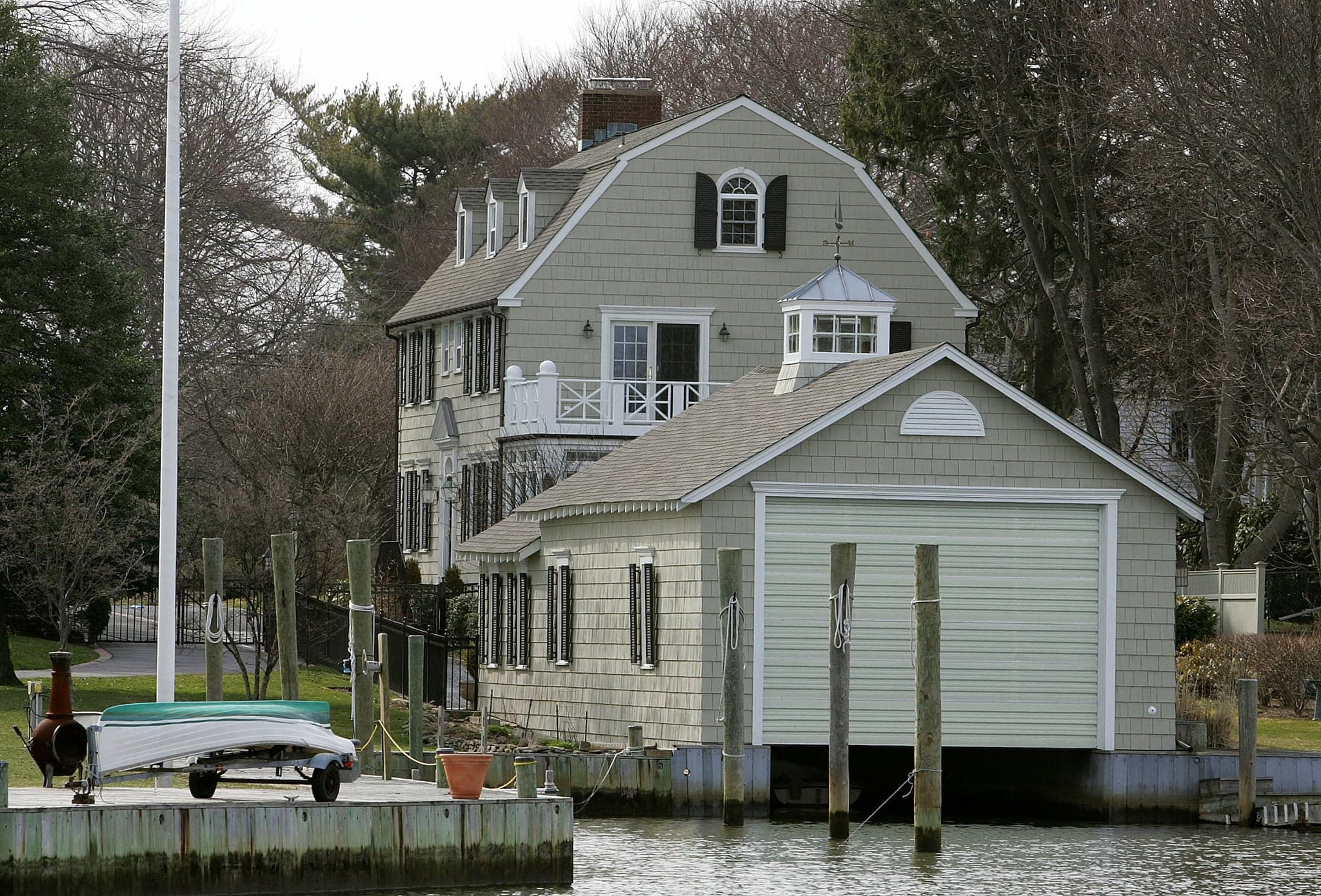 Amityville Horror House Sale Other Home Decor Storiesg