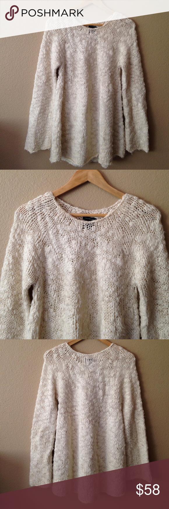Calvin Klein Chunky Oversized Swing Tunic Sweater Calvin Klein Chunky Oversized Swing Sweater Tunic. Size Large. Wool/Acrylic Blend. Calvin Klein Sweaters Crew & Scoop Necks