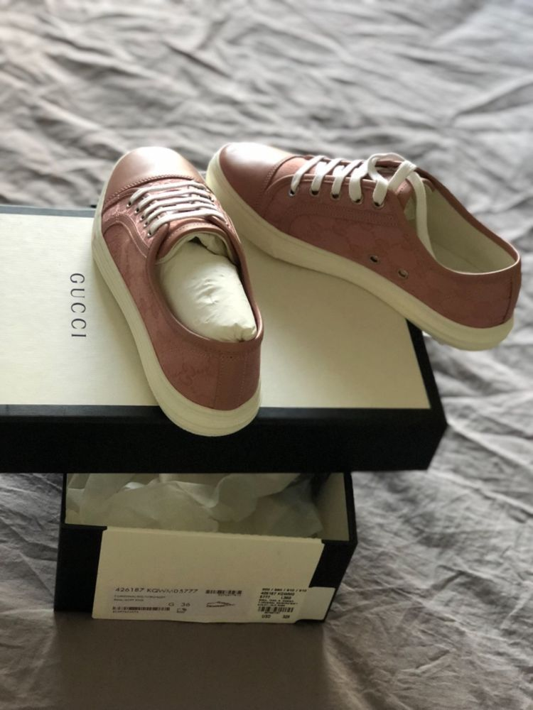 f007194ecb9 GUCCI 36 Womens 6 Rose Signature Pink Low top Sneakers  fashion  clothing   shoes  accessories  womensshoes  athleticshoes (ebay link)