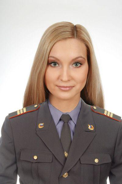 Russian Police Uniform   Nordic Blonde in Uniform: Russian Female Police