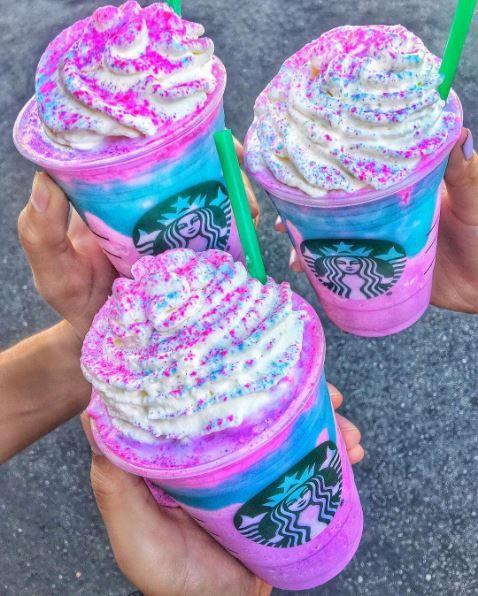 Einhorn-Fans aufgepasst: Dieser neue Starbucks-Drink ist einfach magisch!