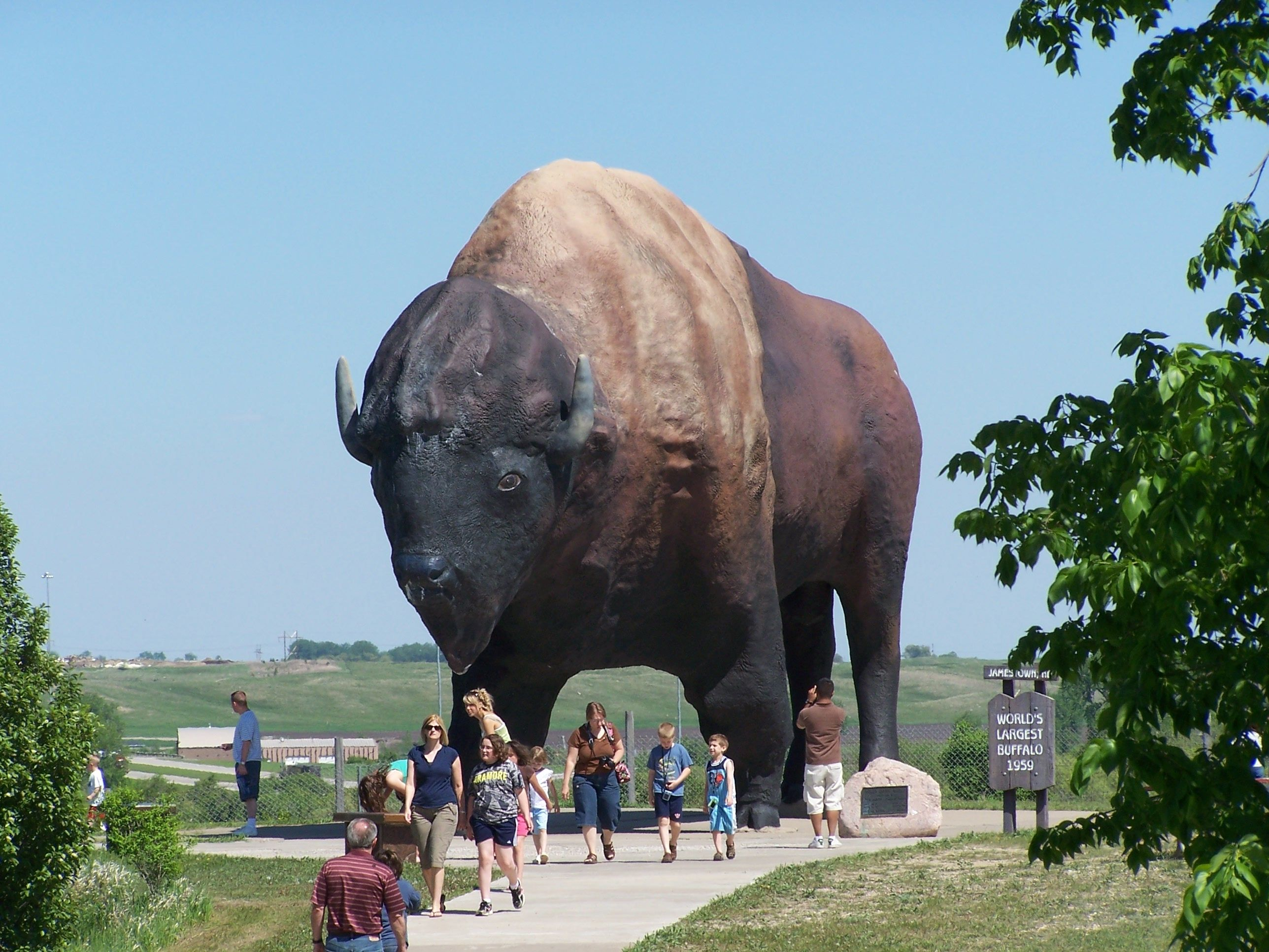 World's Largest Buffalo Monument in Jamestown, ND ...