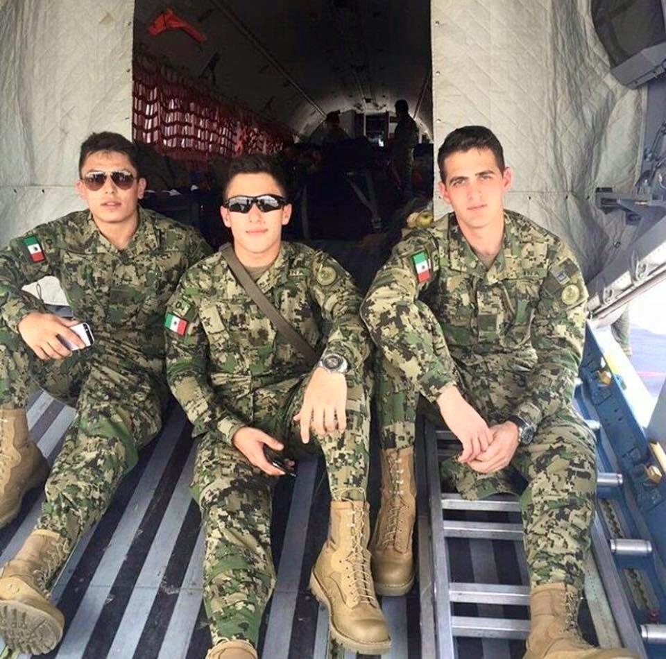 Mexican Marines in Quantico Virginia [960x950