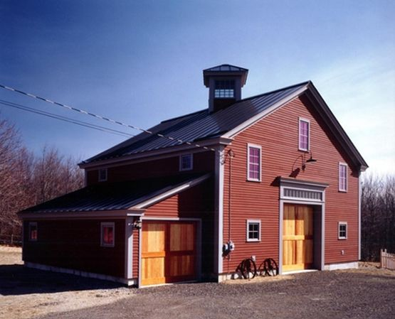 Barn houses barn style guest house maine timber frame Barn guest house plans