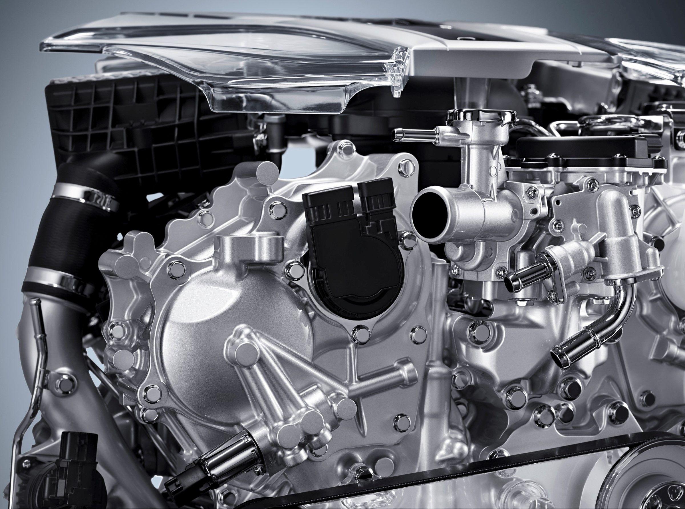 2017 Infiniti VR30DDTT 3 0-liter V6 twin-turbo engine