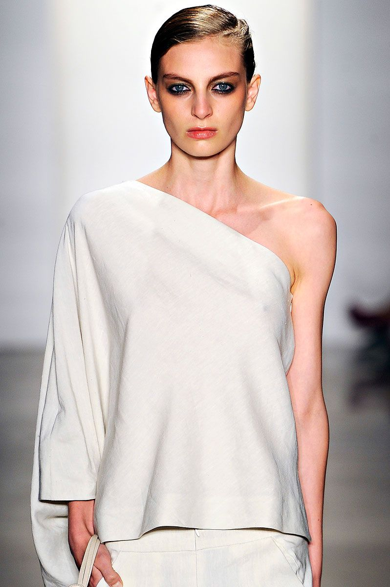 Zero Maria Cornejo Spring 2012 RTW - Review - Vogue