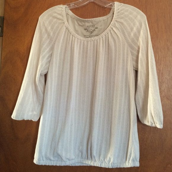 Women's Sonoma Beige Scoop Neck Top (Size Small) Beige. Size Small. Scoop Neck. Polyester, Cotton, Linen. Quarter sleeves. Tops Blouses