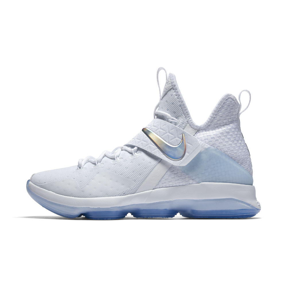 hot sales 6df5c 65414 Nike LeBron XIV Men s Basketball Shoe Size 9.5 (White) - Clearance Sale