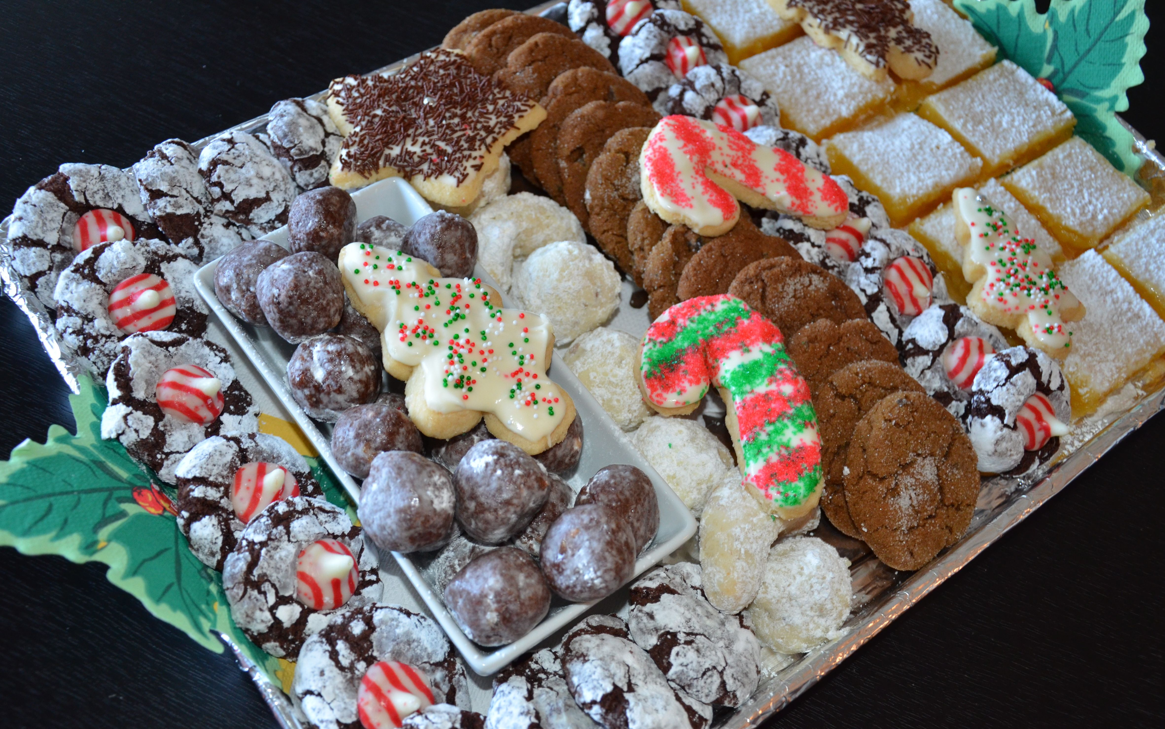 Christmas Cookie Trays.Holiday Cookie Trays Holiday Cookie Tray And Meyer Lemon