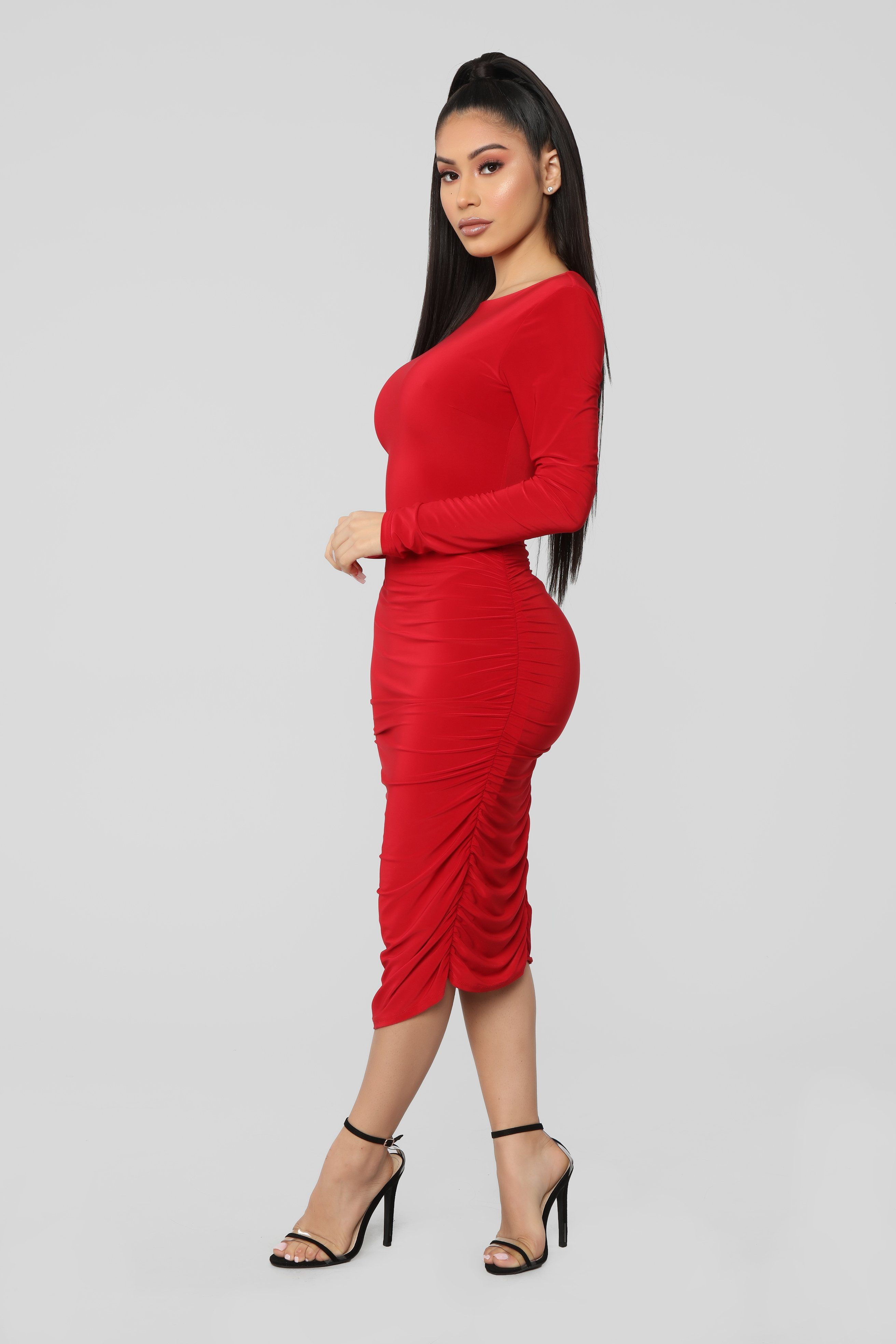 Pure Envy Ruched Midi Dress Red Red Dress Sleeves Red Midi Dress Long Sleeve Dress Outfit [ 3936 x 2624 Pixel ]