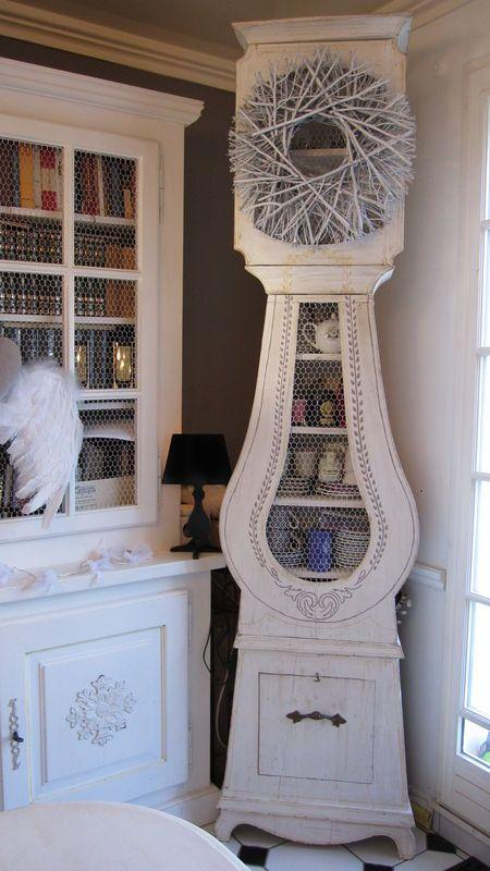 Comtoise une bulle de coton d coration pinterest comtoise horloge comtoise et horloge for Pendule blanche design