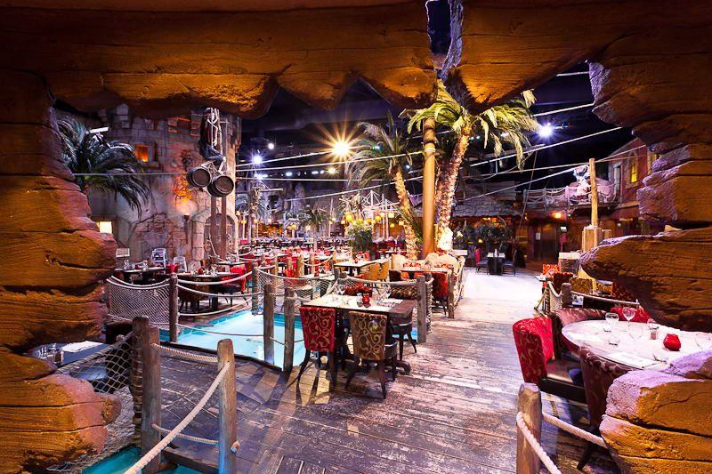Le decor magique de pirates paradise restaurant a odysseum
