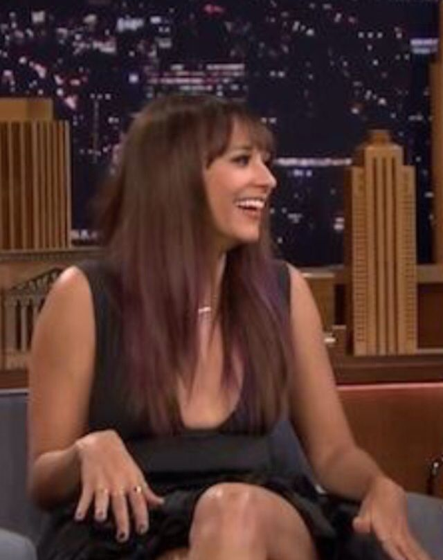 Rashida jones purple hair accents