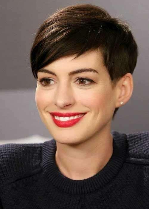 Corte pixie de Anne Hathaway - Una muy buena elección de Anne