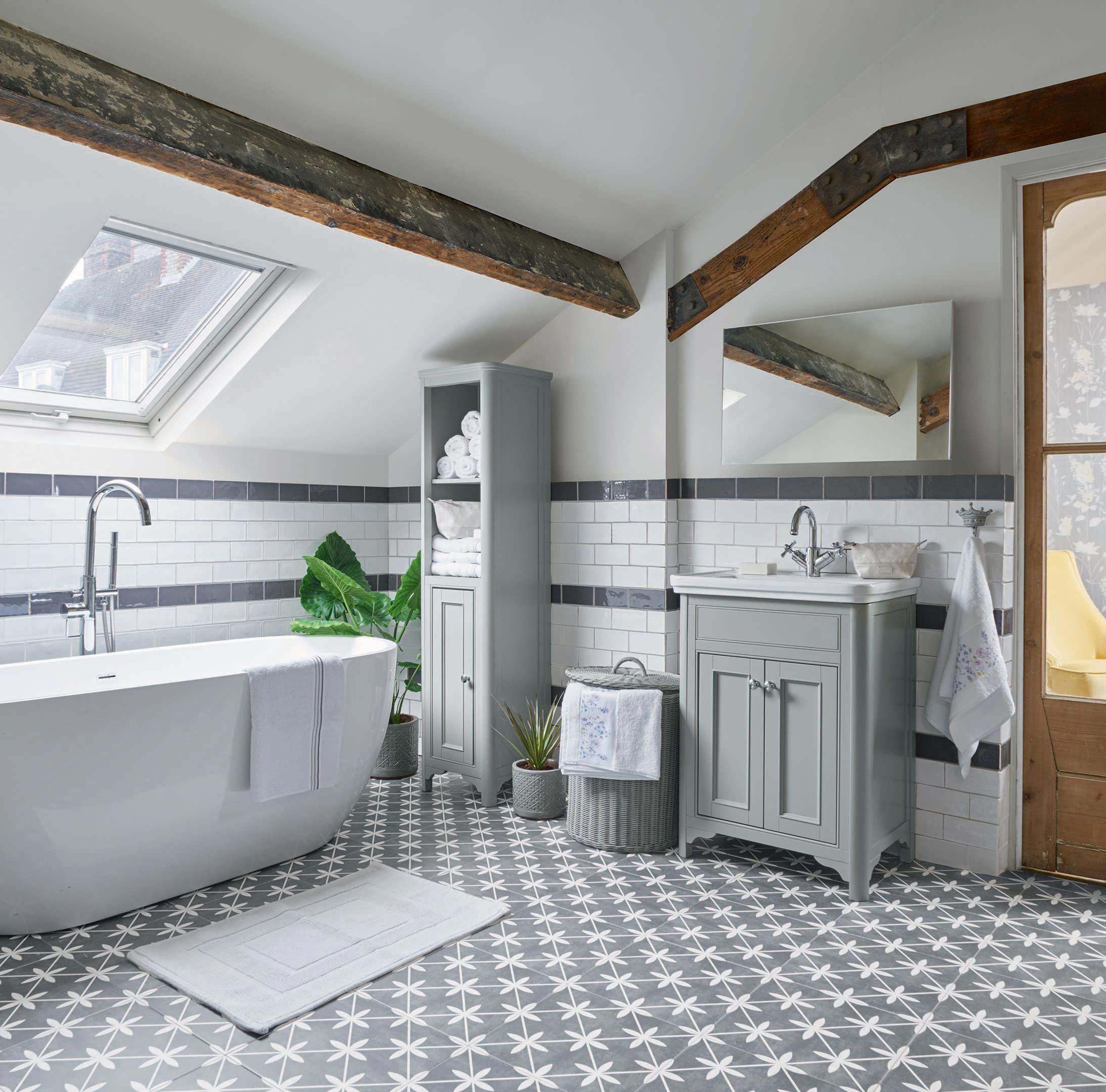 Bathroom Ceramics Complete Visual