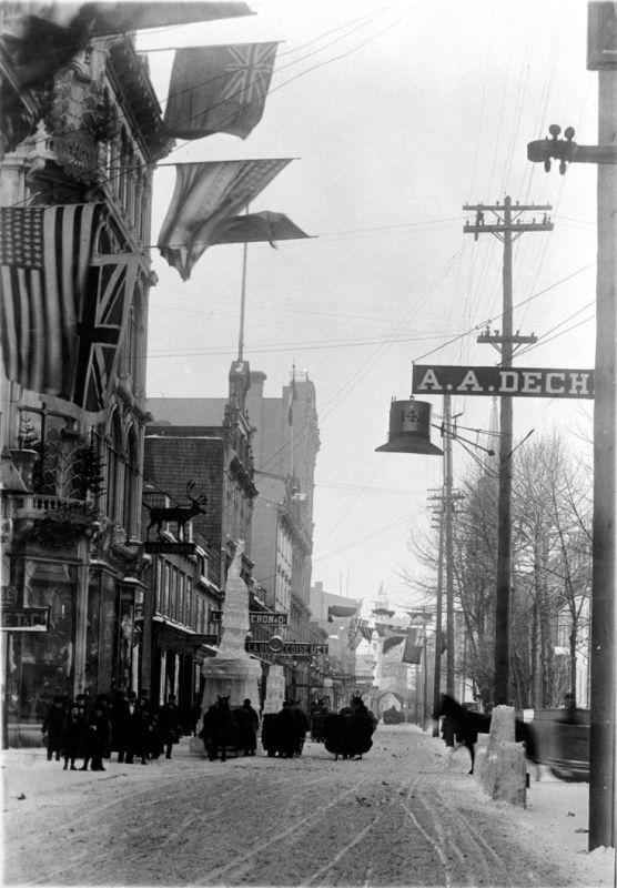 Rue St Joseph Vers L Est 1880 Ville De Quebec Quebec Et Photos