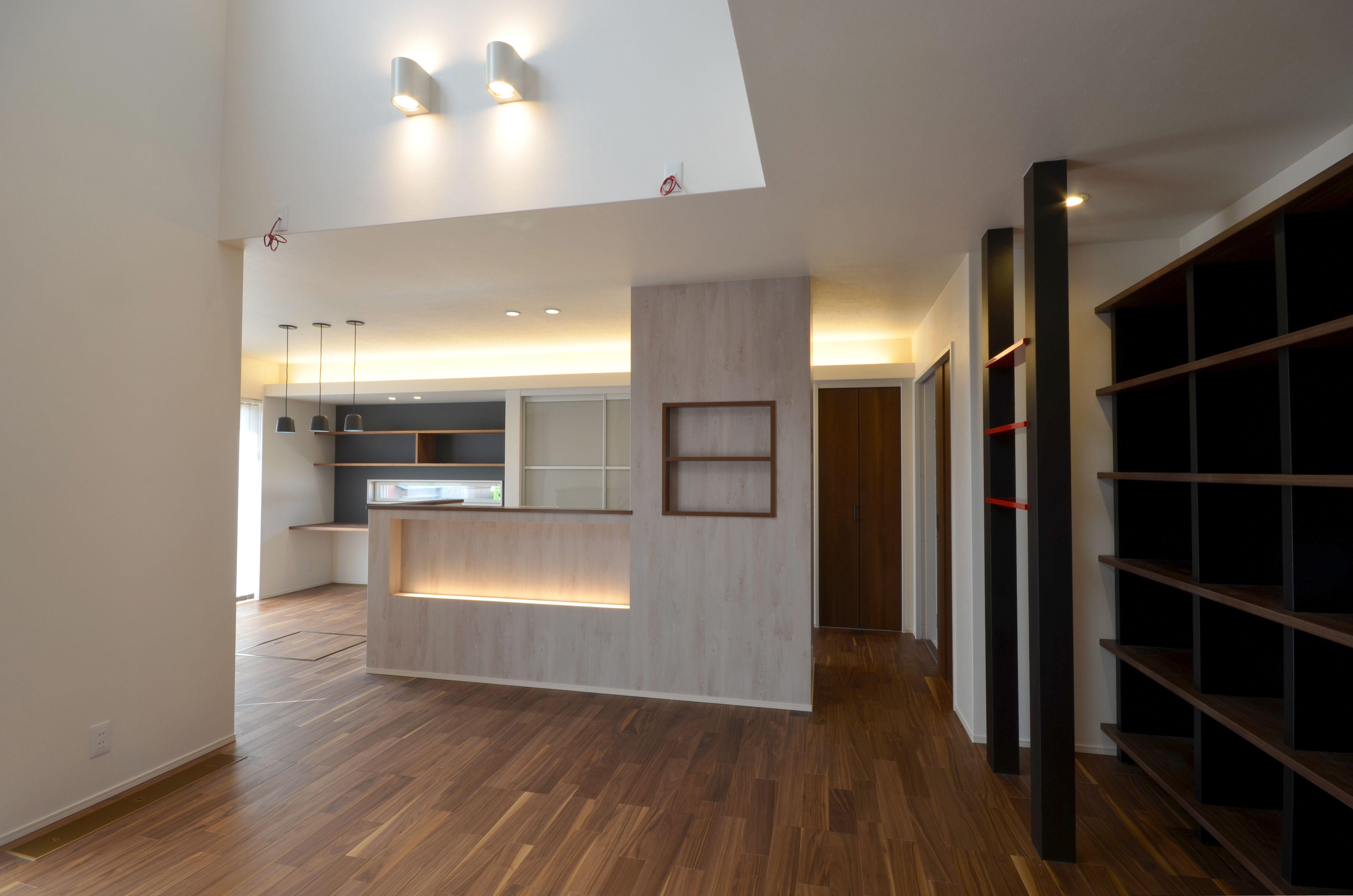 ディスプレイスペースをたくさん設けたldk 2020 住宅