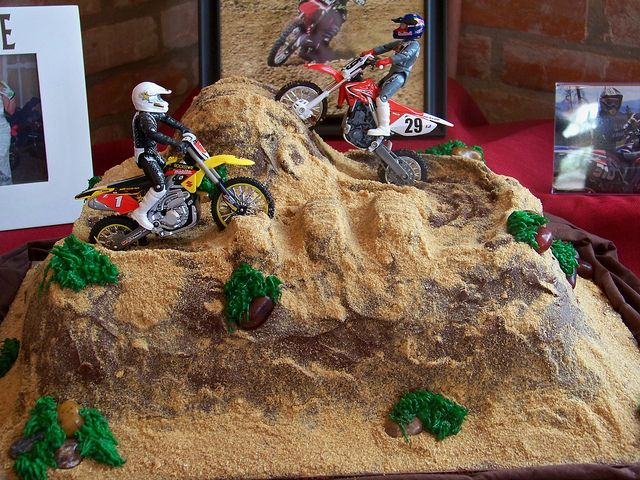 Prime Dirt Bike Cake With Images Dirt Bike Cakes Bike Cakes Dirt Birthday Cards Printable Trancafe Filternl