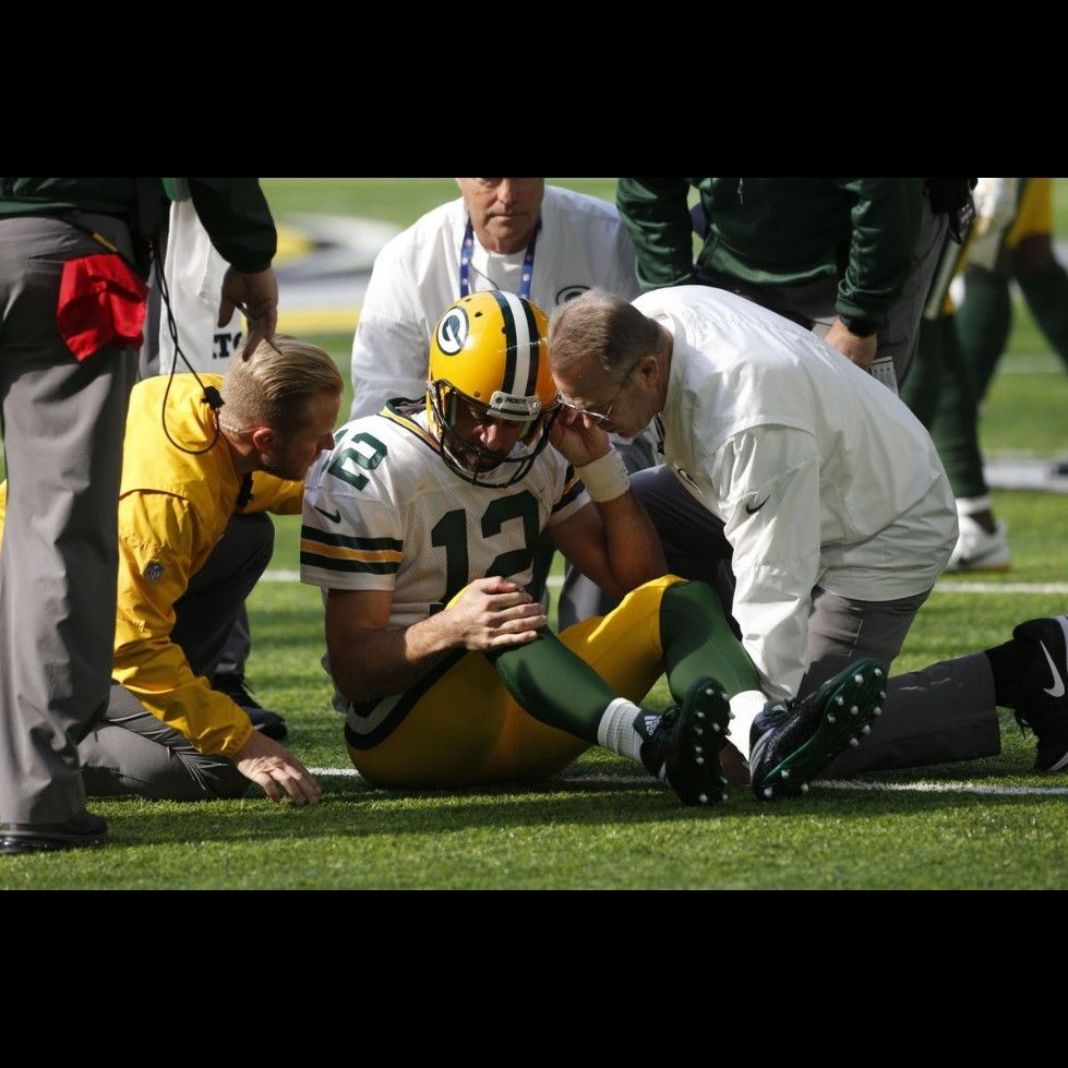 Aaron Rodgers Is Most Likely Out For The Season With A Broken Collar Bone Feel Better Soon Aaron Aaron Rodgers Aaron Rodgers Injury Aaron Rogers