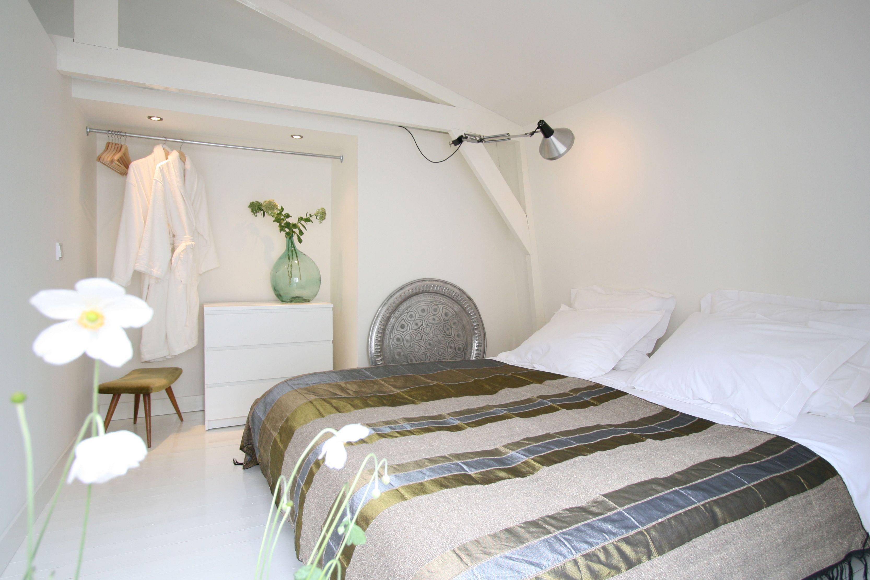 Slaapkamer in Studio-Koning Bed & Breakfast in Haarlem | Studio ...