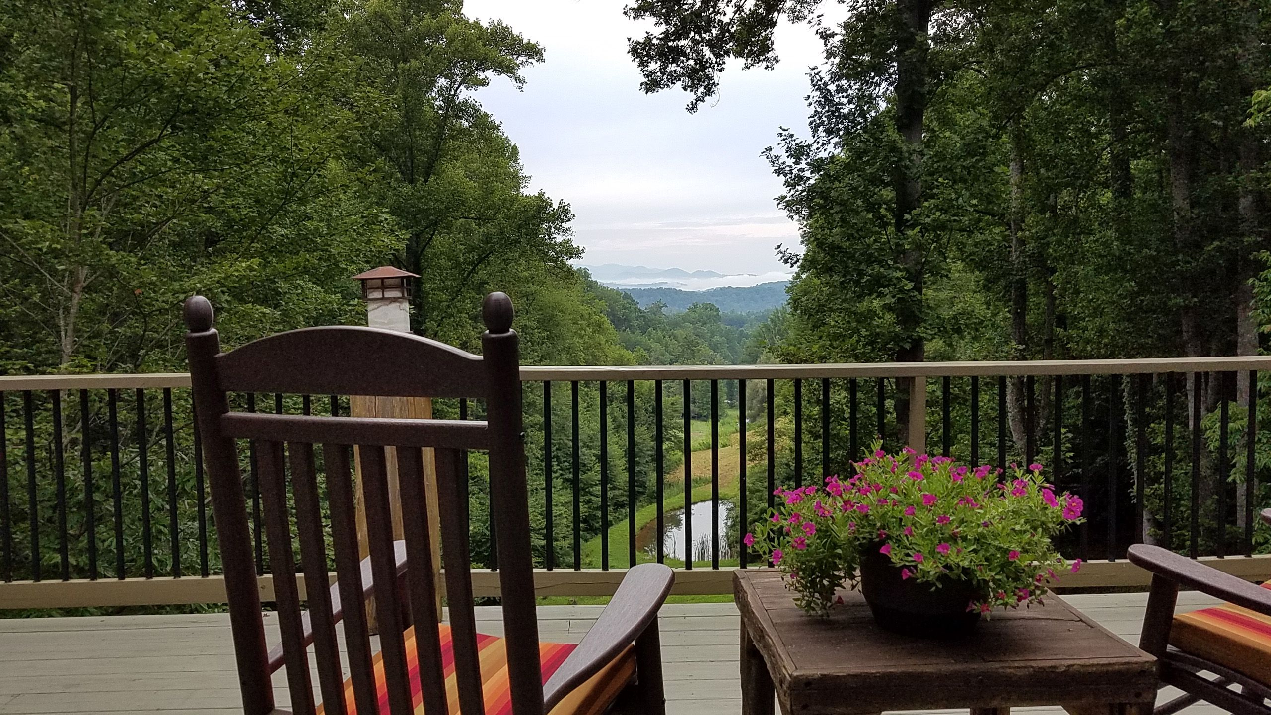 nc onlinechange with indoor interior cabins cabin rentals mountains smoky swimming pool smokey sevierville pigeon info forge mountain tn