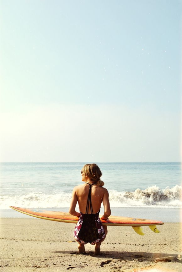 Go Behind The Scenes With Free People Swim Surf Garotas