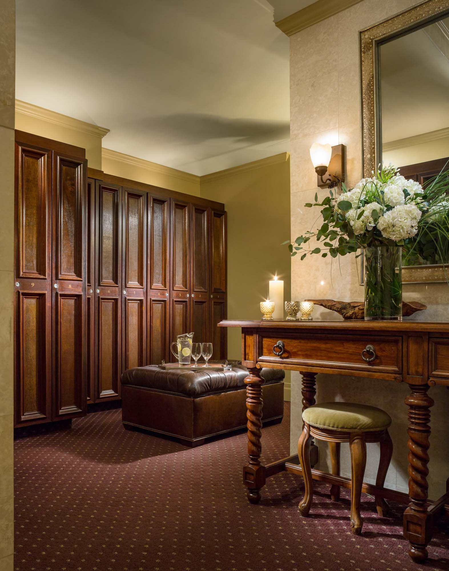 The Spa At Mirror Lake Inn Lake Placid Ny Men S Locker Room Men Locker Room Wooden Lockers Locker Room