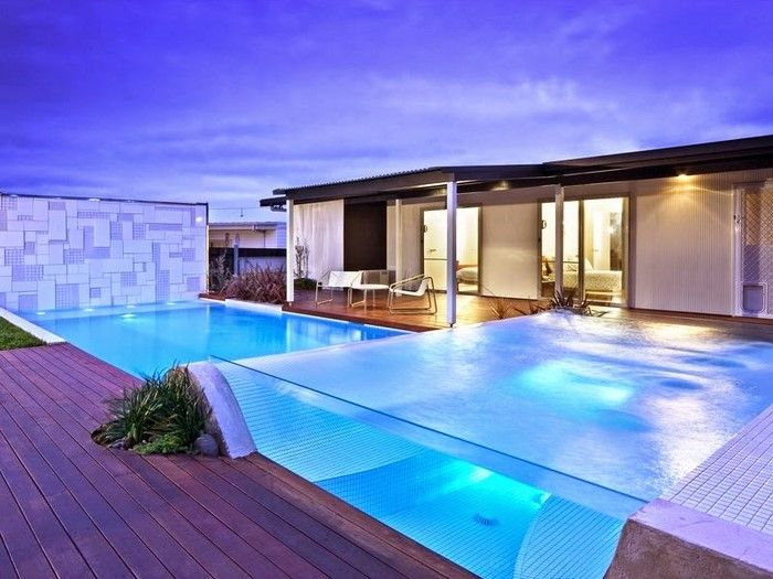 See Through Swimming Pool Is The New Trend Creativeresidence