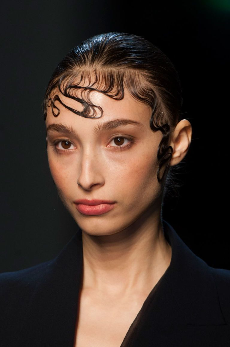The Totally Out There Gorgeous Beauty Looks We Saw At Couture Week