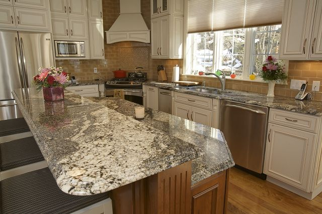 Love The Stone On Counters Granite And Cabinet Depot