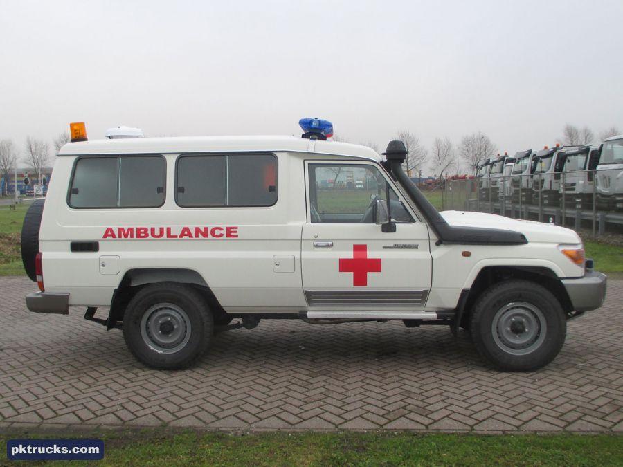 5 units Toyota, Land Cruiser HZJ78L 4x4 Ambulance NEW for
