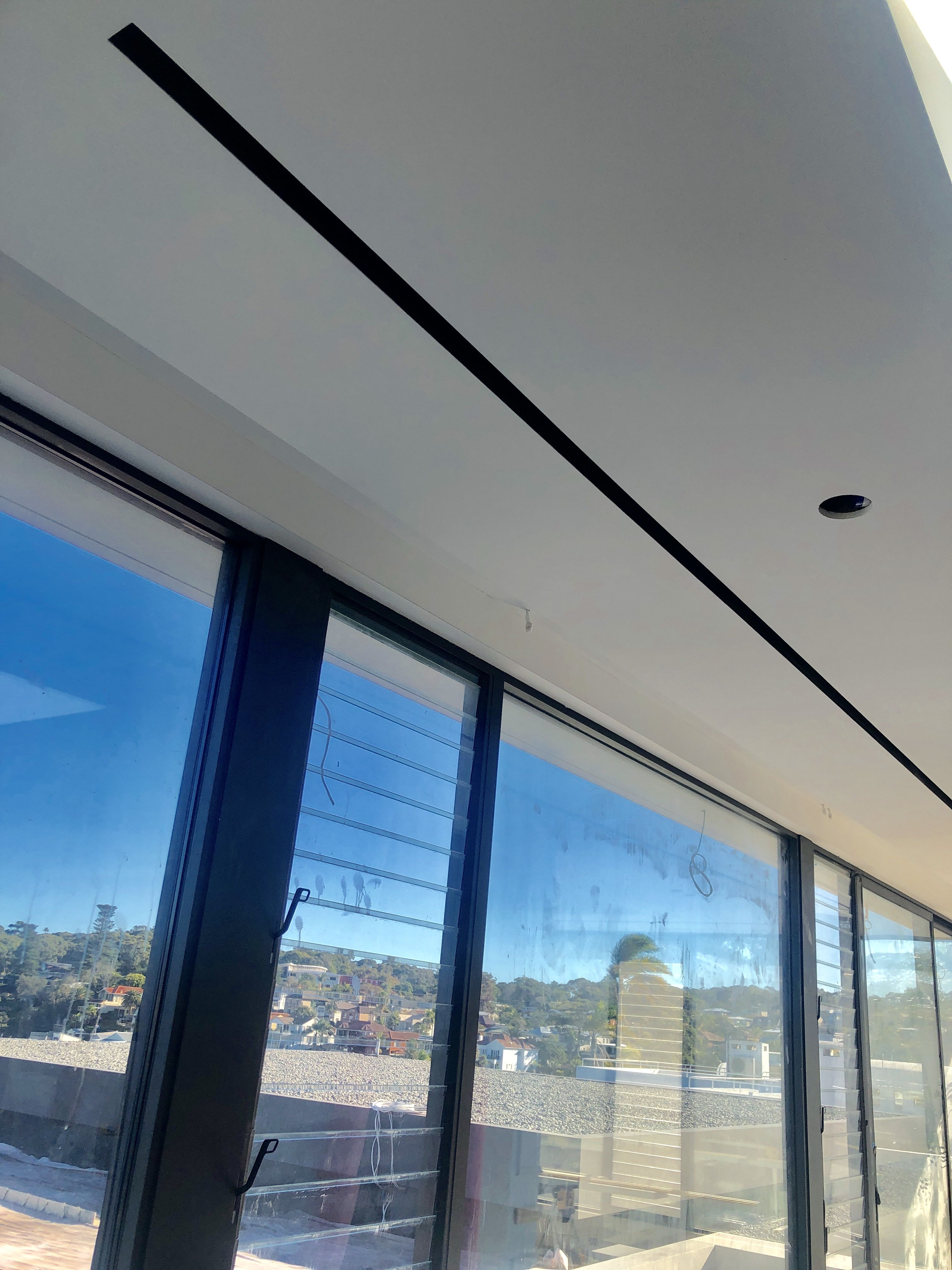 Air conditioning diffuser minimalist flangeless Slot