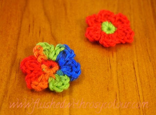 Flushed With Rosy Colour Tiny Two Round Flower Free Pattern
