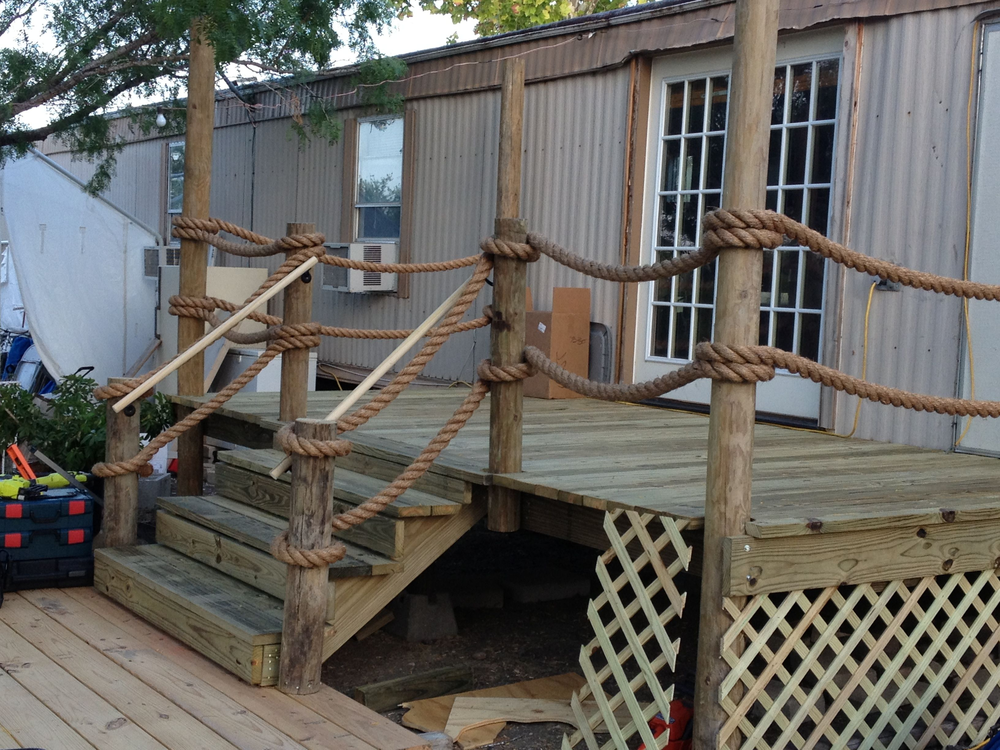 8x16 Deck looks like a Pier. Complete with 100' of Manila ...